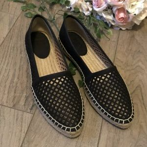 Frye Lee A Line Perforated Slip-on Flats Black 8M